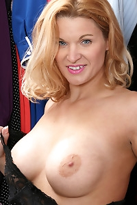 Busty mature beauty April Key